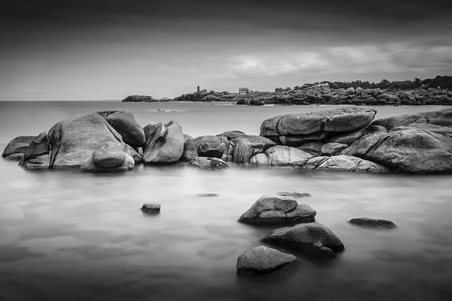 Dark Rocks #explore