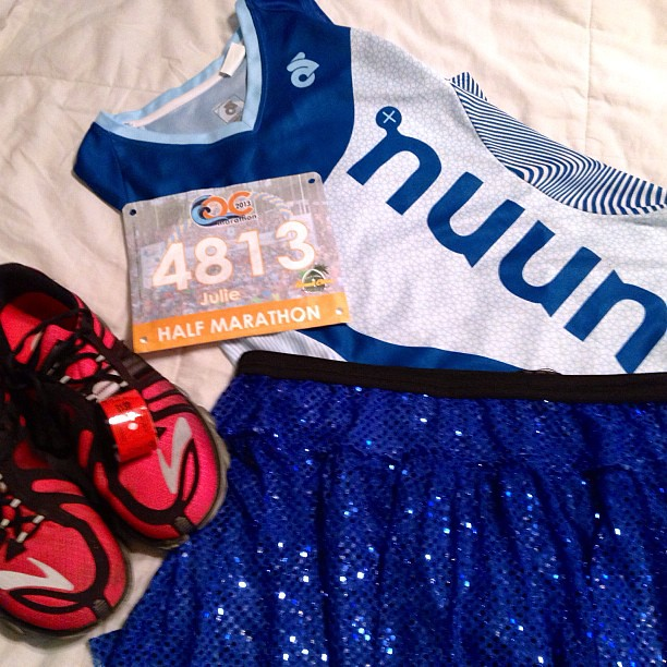 Race outfit prep. A little @nuunhydration, some @runteamsparkle and my @brooksrunning PureFlow 2. Awesome friend @themfdre mailed me her Nuun singlet so I could wear it for the race! #ochalf #ocmarathon #nuunambassador #runhappy #pureproject