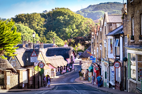 Shanklin High Street by garryknight