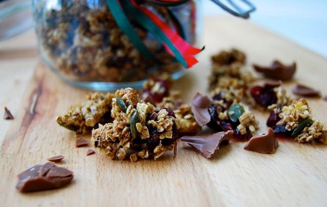 Christmas Spice, Walnut, Cranberry & Chocolate Granola