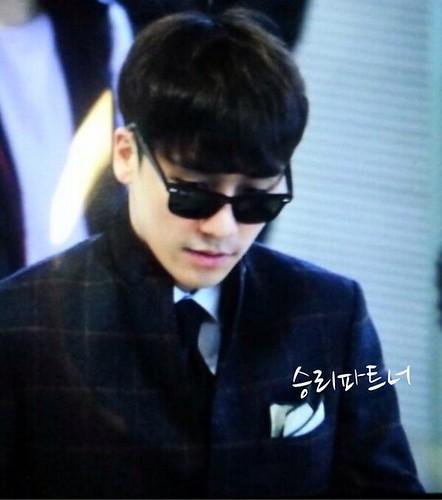 seungri_airport_140411_008