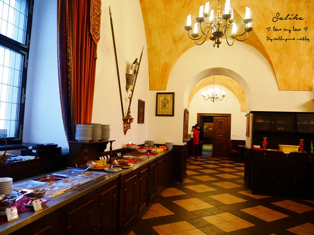 Hotel Ruze薔薇飯店Charming Hotel in cesky Krumlov中世紀扮裝晚餐-自助式早餐 (17)