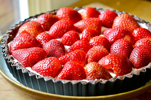 Chocolate-Strawberry Cream Cheese Tart-5
