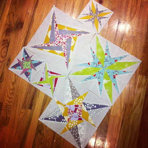 Pretty much obsessed with the idea of a quilt full of stars on point. #luckystarsbom