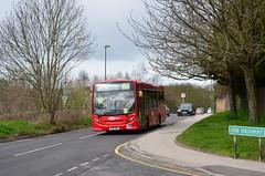 Metrobus 176 on route R1
