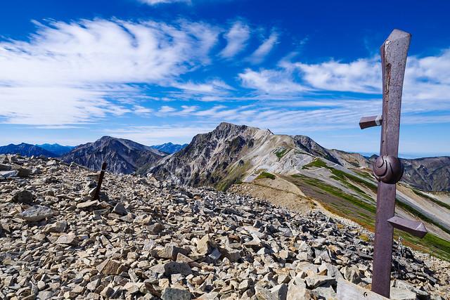 小蓮華山の鉄剣と白馬岳