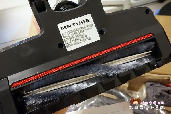 MATURE 美萃直立式無線吸塵器 (40).JPG