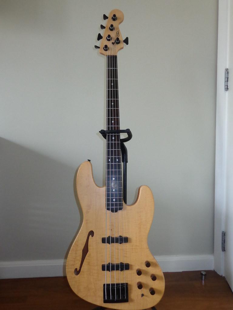 Jazz Bass Clube. - Página 13 15691821735_db6c515fa7_b