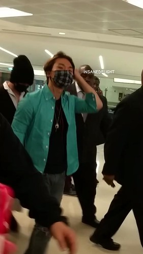 Big Bang - Newark Airport - 08oct2015 - insanedelight - 03