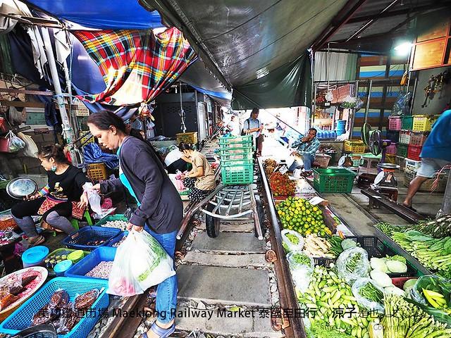 美功鐵道市場 Maeklong Railway Market 泰國自由行 49