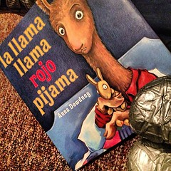 Bedtime stories & duct-taped chanclas = a favorite.