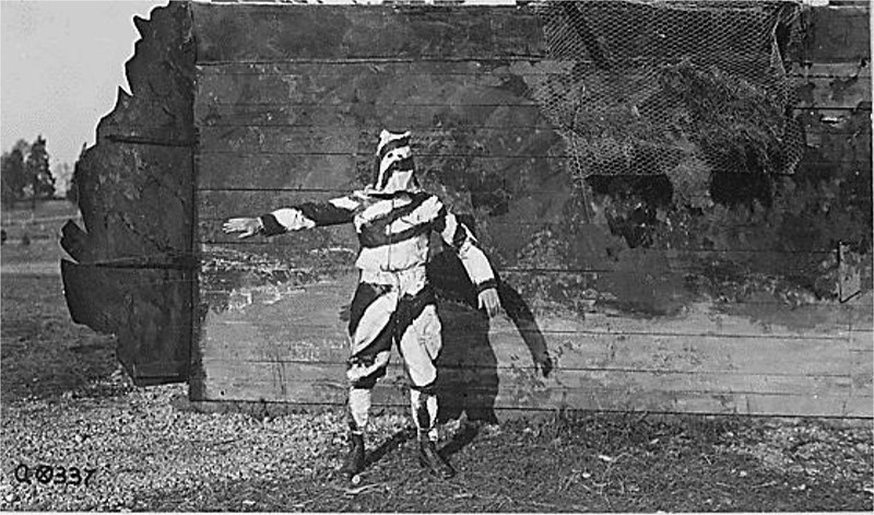 1917: Soldier in black and white camoflage