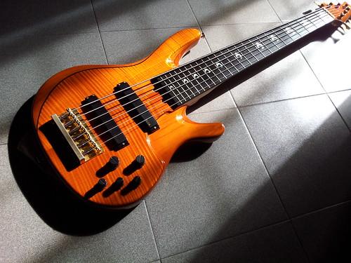 Yamaha trb jp 6 strings john patitucci signature series for Yamaha 6 string bass