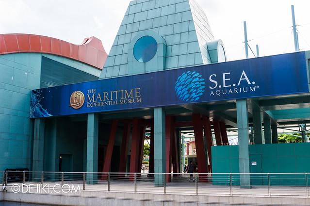 Marine Life Park Singapore - S.E.A. Aquarium - entrance