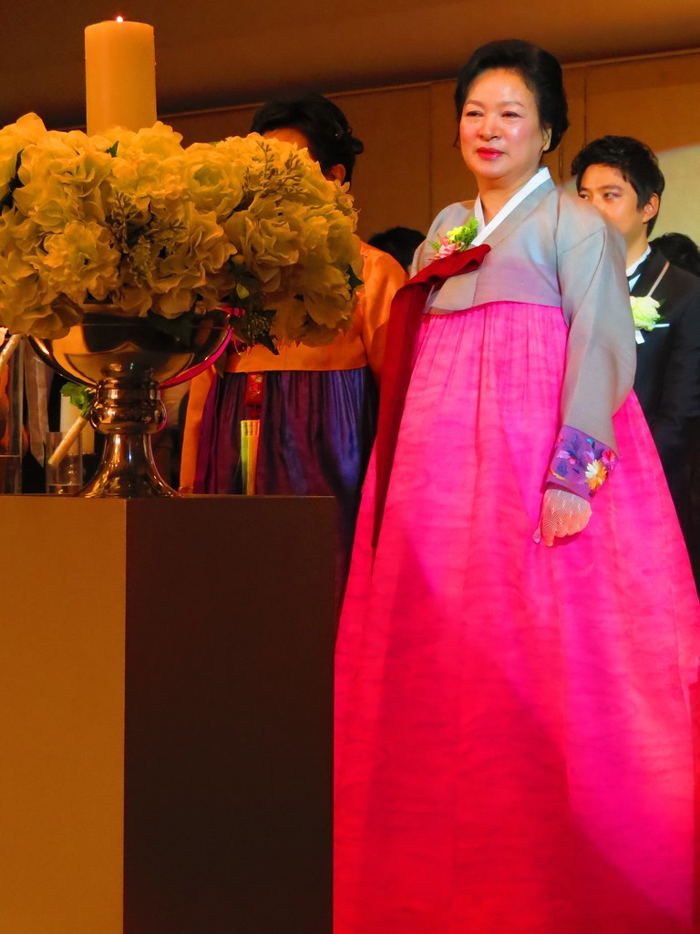 Hanbok,, traditional Korean clothing