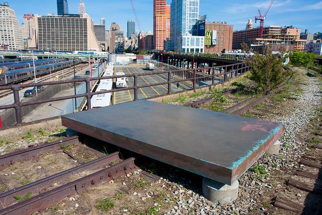 Carol Bove, High Line Section 3