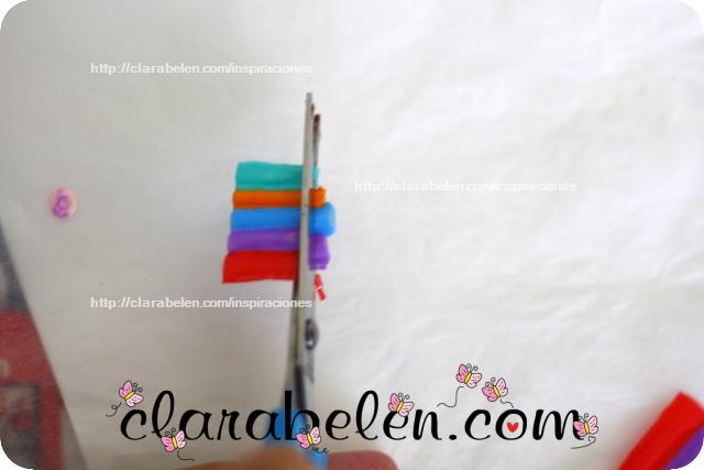 Conjunto de pendiente o aretes y colgante hecho con pajitas o sorbetes reciclados