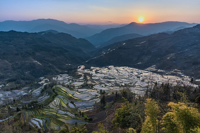 *Sunset in Laohuzui*