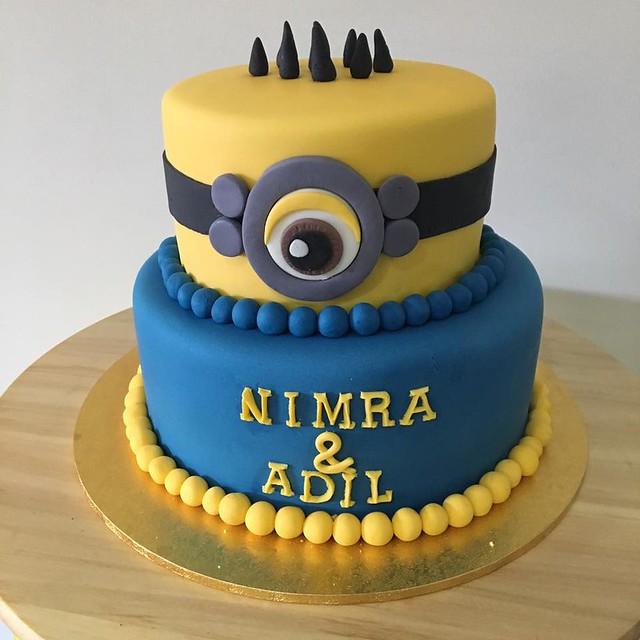 Minion Cake by Mohsana Moid of Takeawaycakes