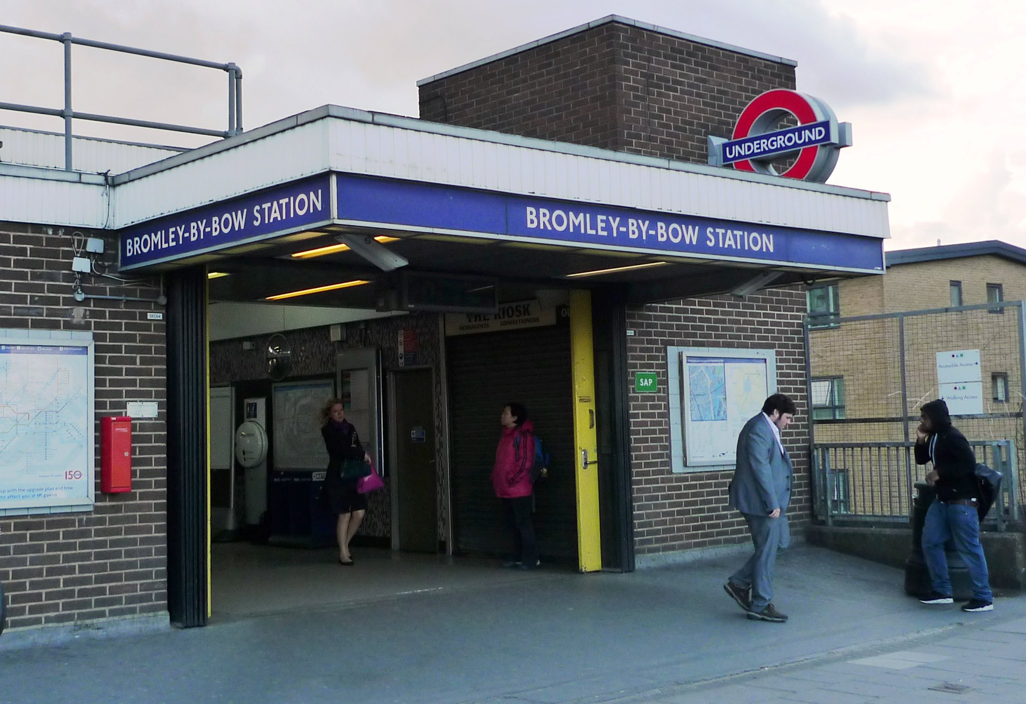 Binary options london