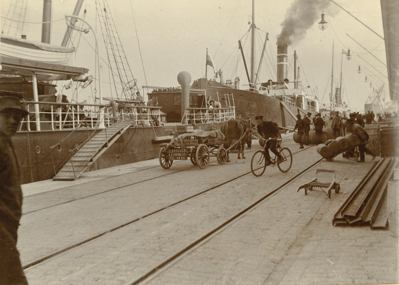 South Harbor in Helsinki, 1914
