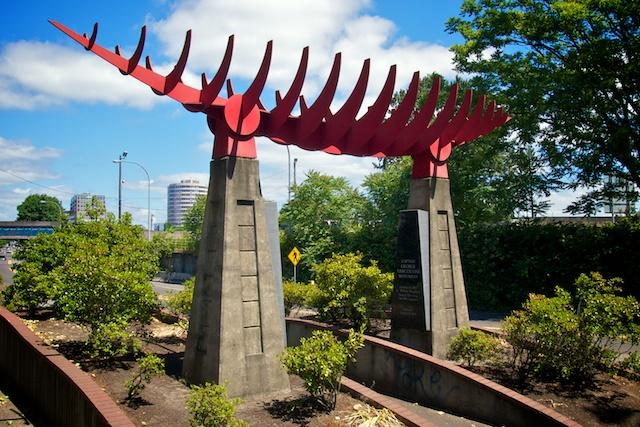 Captain Vancouver Monument