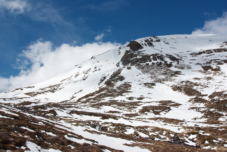 Crags on Beinn Mheadhoin