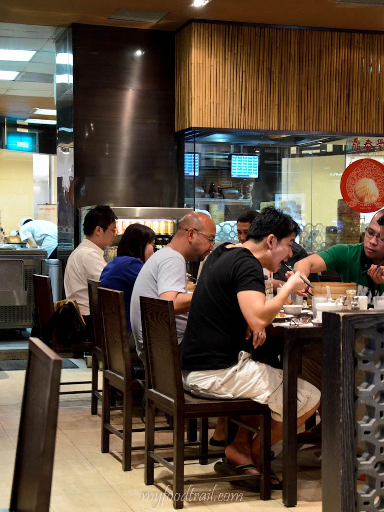 Din Tai Fung, Singapore - Inside