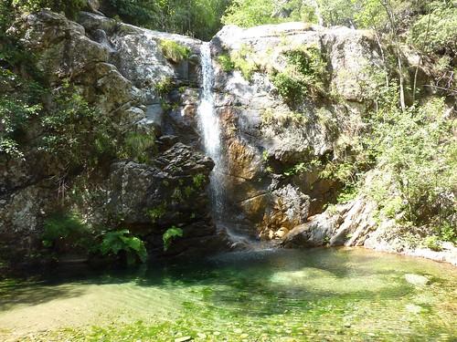 Remontée de la Frassiccia : la cascade au départ