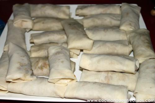 Minirollitos de cerdo y jengibre con salsa agridulce (18)