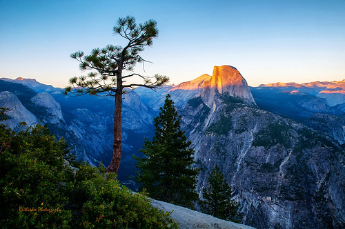 Half Dome's tip at sunset ... Yosemite National Park