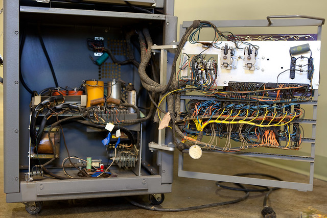 IBM 83 card sorter, power supply