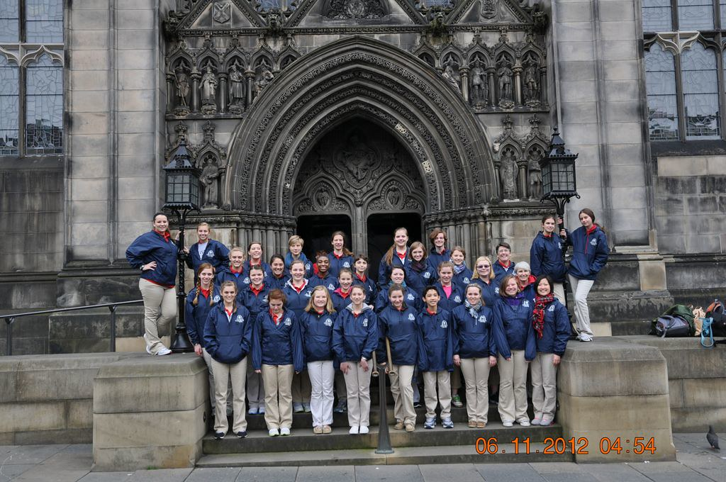 St. Louis Children's Choir outside St. Giles Cathedral in Stirling, Scotland