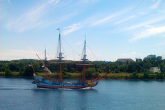 We were visited by pinnace Kalmar Nyckel motoring down the Cape Cod Canal on our way home on Monday.