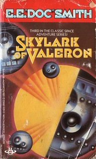 Skylark of Valeron E.E. 'Doc' Smith. Berkley 1986.