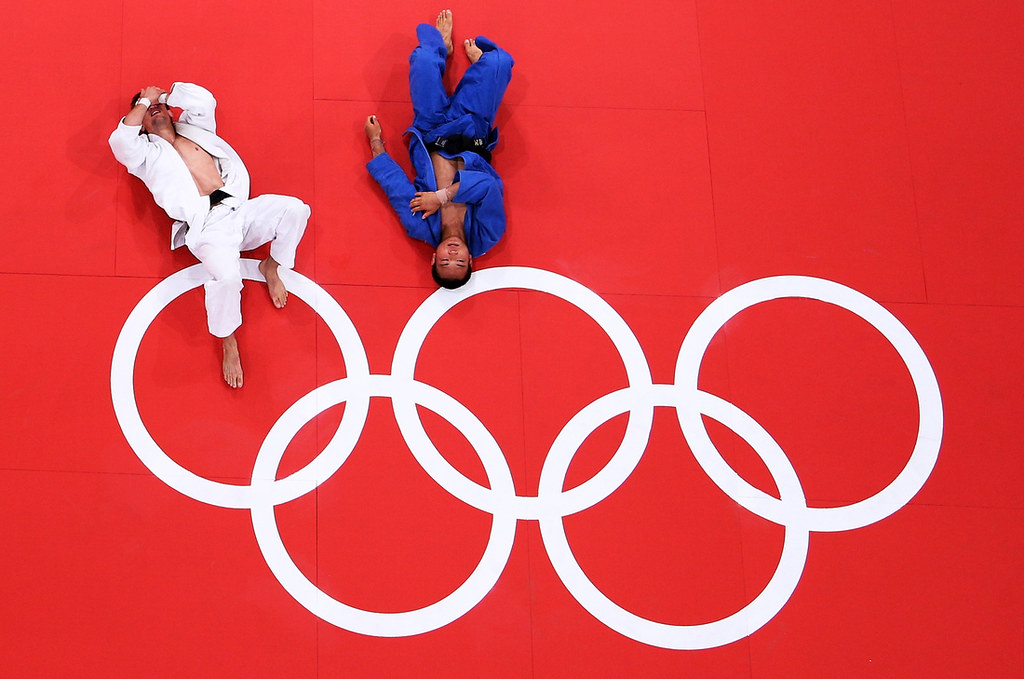 148073146TL00121_Olympics_D