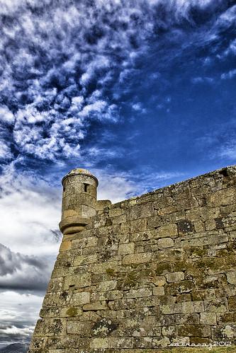 Castillo de San Sebastián, Vigo by sairacaz