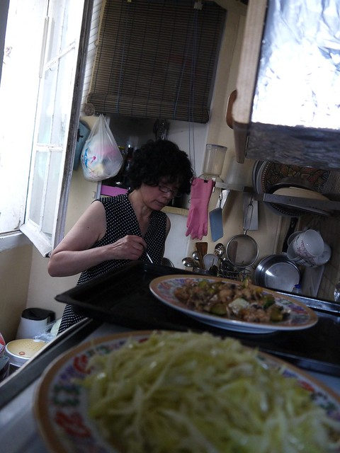 03 老妈在菲菲家做饭