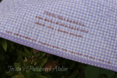 oh happy daze - quilt labelled