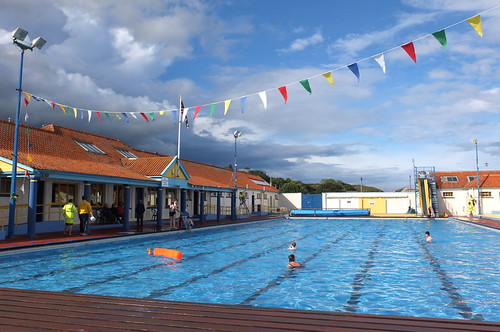 stonehaven open air swimming pool