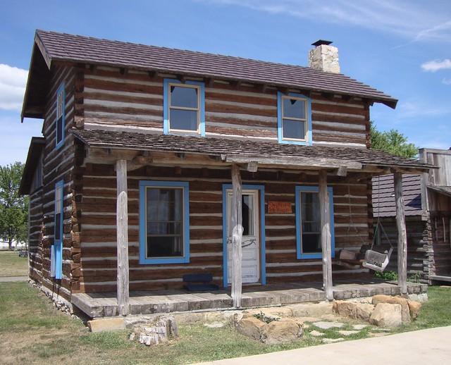 Old Stephen Nixon Cabin Nauvoo Illinois Flickr