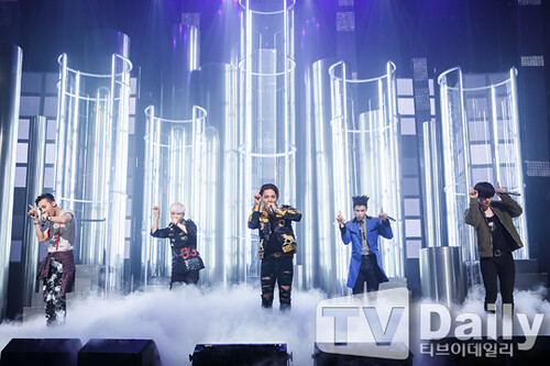 Big Bang - Mnet M!Countdown - 07may2015 - TV Daily - 01