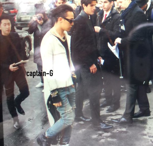 G-Dragon at Chanel Paris 2015-01-27 - 4