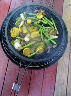 Grilling marinated veggies (01)