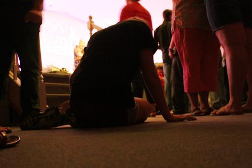 worship prayer altar
