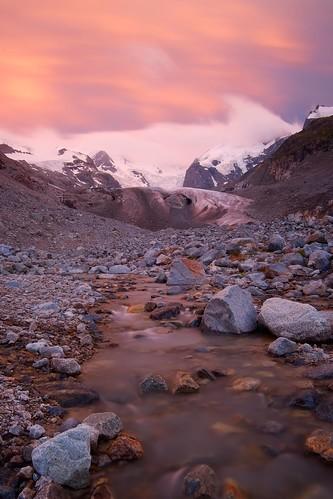 schweiz sommer bach che gletscher abendsonne langzeitbelichtung morteratsch graubuenden gebirgeberge landschaftsfotografie