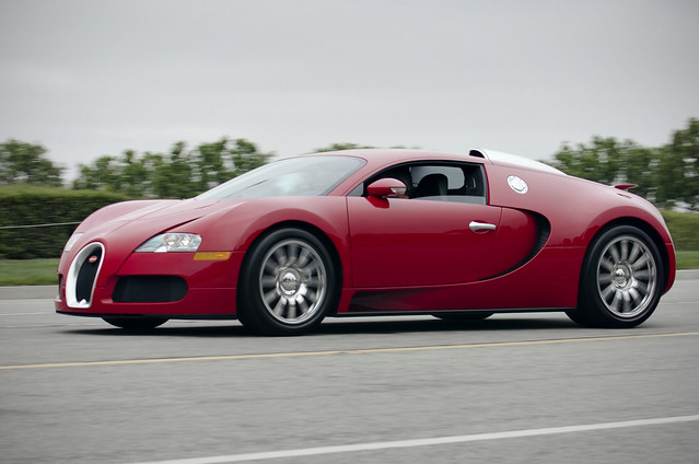 red bugatti veyron on the road flickr photo sharing. Black Bedroom Furniture Sets. Home Design Ideas