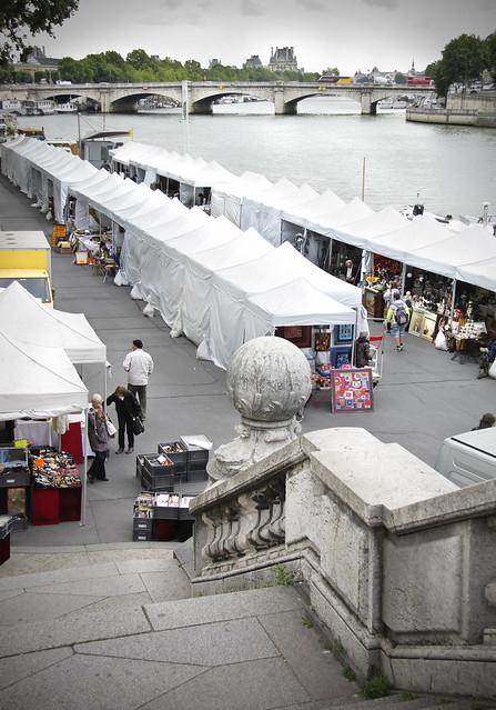 Brocante market at Pont Alexandre III