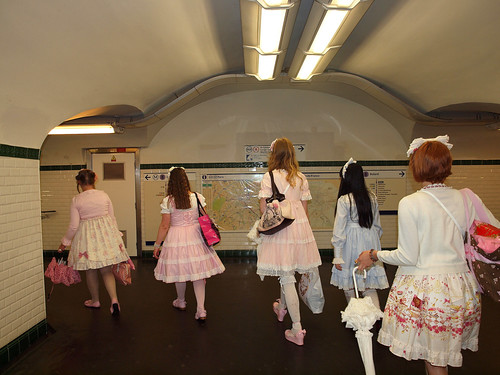 Lolitas in the Station