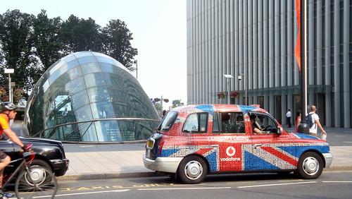 Underground, taxi & byke width=